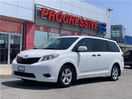 2017 Toyota Sienna 7 Passenger (Stk: HS825932) in Sarnia - Image 1 of 20