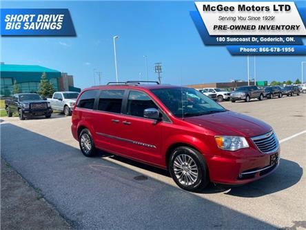 2013 Chrysler Town & Country Touring-L (Stk: 542438) in Goderich - Image 1 of 30