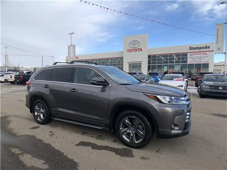 2018 Toyota Highlander Limited (Stk: 9016A) in Calgary - Image 1 of 30