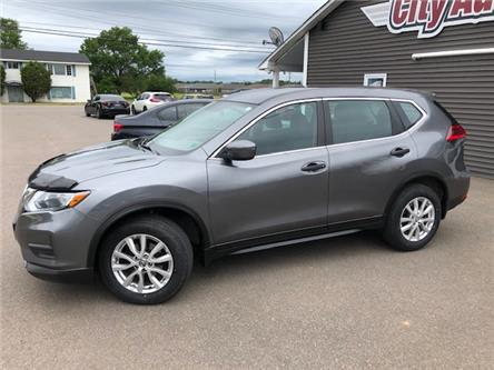 2017 Nissan Rogue SV (Stk: ) in Sussex - Image 1 of 28