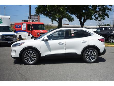 2020 Ford Escape Titanium Hybrid (Stk: 2006200) in Ottawa - Image 1 of 12