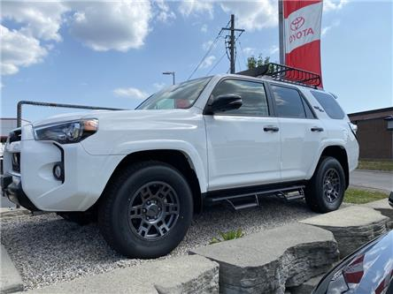 2020 Toyota 4Runner Base (Stk: RU2752) in Niagara Falls - Image 1 of 13