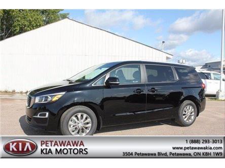 2020 Kia Sedona LX (Stk: 20106) in Petawawa - Image 1 of 16