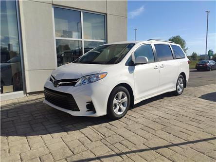 2020 Toyota Sienna LE 8-Passenger (Stk: 20578) in Bowmanville - Image 1 of 5