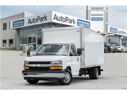 2017 Chevrolet Express Cutaway 3500 1WT (Stk: CTDR4036) in Mississauga - Image 1 of 16