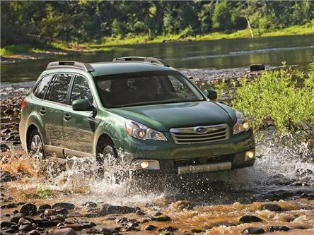 2012 Subaru Outback 2.5i Touring Package (Stk: 15117ASZ) in Thunder Bay - Image 1 of 7
