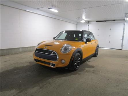 2015 MINI 5 Door Cooper S (Stk: 2080051 ) in Regina - Image 1 of 28