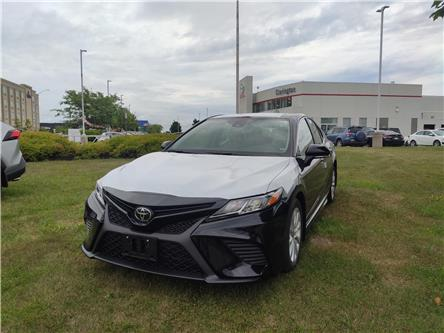 2020 Toyota Camry SE (Stk: 20563) in Bowmanville - Image 1 of 7