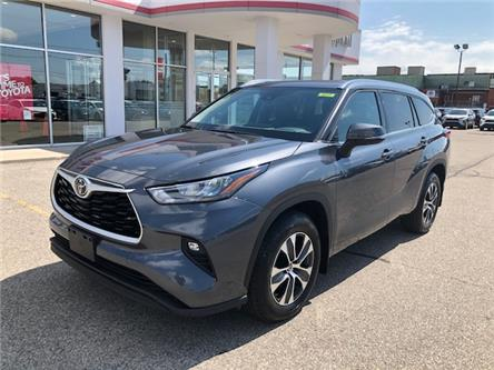 2020 Toyota Highlander XLE (Stk: 42328) in Chatham - Image 1 of 10
