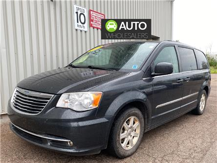 2012 Chrysler Town & Country Touring (Stk: X4922B) in Charlottetown - Image 1 of 12