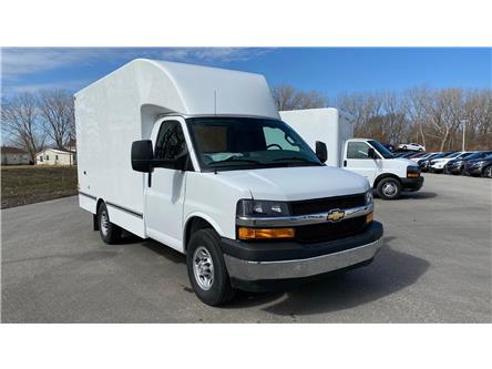 2020 Chevrolet Express Cutaway Work Van (Stk: 20-0291) in LaSalle - Image 1 of 22
