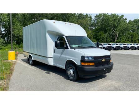 2020 Chevrolet Express Cutaway Work Van (Stk: 20-0288) in LaSalle - Image 1 of 26