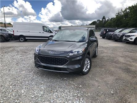 2020 Ford Escape SE (Stk: ES20679) in Barrie - Image 1 of 18
