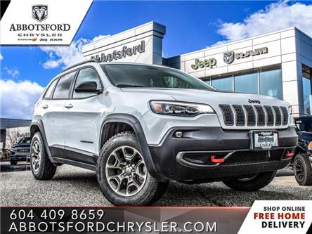 2020 Jeep Cherokee Trailhawk (Stk: AB1104) in Abbotsford - Image 1 of 20