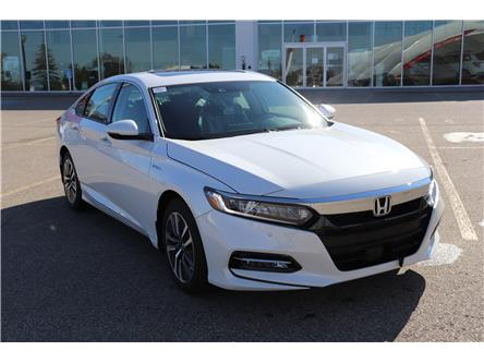 2020 Honda Accord Hybrid Touring (Stk: 2200571) in Calgary - Image 1 of 10