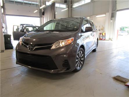 2020 Toyota Sienna LE 7-Passenger (Stk: 209180) in Moose Jaw - Image 1 of 39