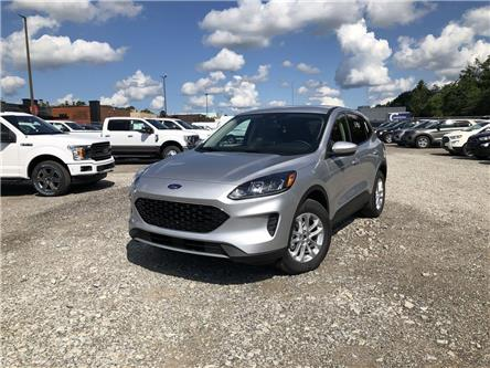 2020 Ford Escape SE (Stk: ES20666) in Barrie - Image 1 of 18
