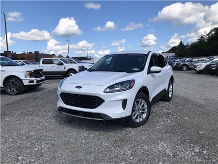 2020 Ford Escape SE (Stk: ES20680) in Barrie - Image 1 of 18