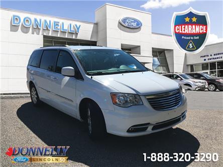 2015 Chrysler Town & Country Touring (Stk: CLDT954B) in Ottawa - Image 1 of 24