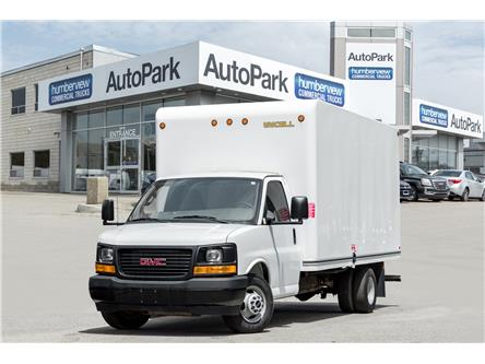 2017 GMC Savana Cutaway 3500 1WT (Stk: CTDR4019) in Mississauga - Image 1 of 17