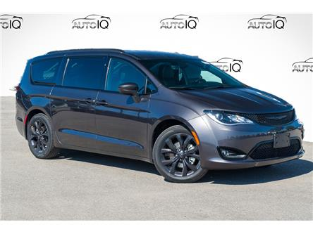 2020 Chrysler Pacifica Touring-L (Stk: 34137) in Barrie - Image 1 of 30