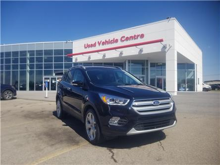 2019 Ford Escape Titanium (Stk: U204196) in Calgary - Image 1 of 27