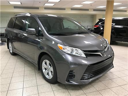 2020 Toyota Sienna LE 8-Passenger (Stk: 201327) in Calgary - Image 1 of 19