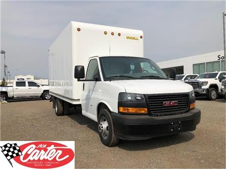 2019 GMC Savana Cutaway Work Van (Stk: 13023L) in Calgary - Image 1 of 19