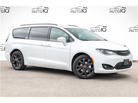 2020 Chrysler Pacifica Touring-L (Stk: 34108) in Barrie - Image 1 of 29