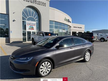2016 Chrysler 200 LX (Stk: N04582A) in Chatham - Image 1 of 20