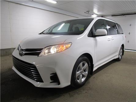 2020 Toyota Sienna LE 8-Passenger (Stk: 203630) in Regina - Image 1 of 25