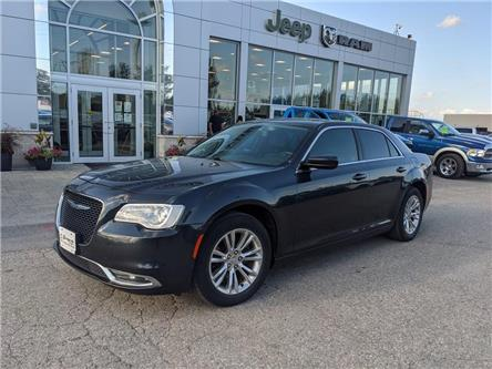 2017 Chrysler 300 Touring (Stk: U645540-OC) in Orangeville - Image 1 of 20
