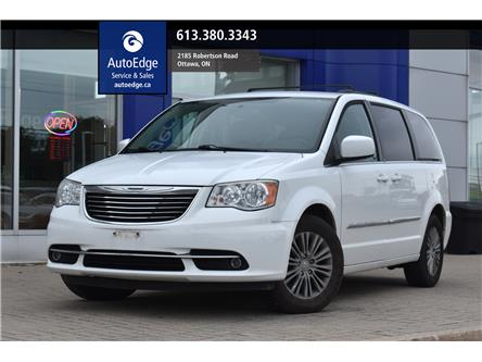 2014 Chrysler Town & Country Touring-L (Stk: A0230A) in Ottawa - Image 1 of 23