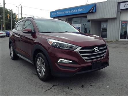 2017 Hyundai Tucson SE (Stk: 200876) in Kingston - Image 1 of 26