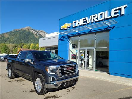 2020 GMC Sierra 1500 SLT (Stk: LZ338118) in Fernie - Image 1 of 11