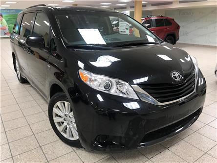 2017 Toyota Sienna LE 7 Passenger (Stk: 201306A) in Calgary - Image 1 of 21