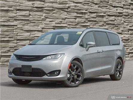 2020 Chrysler Pacifica Touring-L Plus (Stk: L2327) in Welland - Image 1 of 27