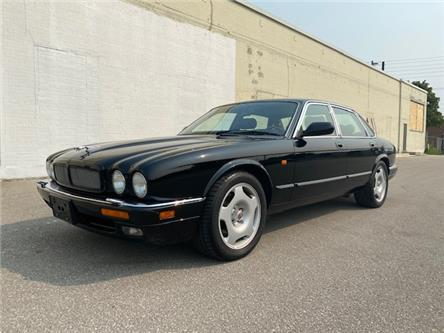 1995 Jaguar XJR 4.0 LITER SUPERCHARGED (Stk: ) in Etobicoke - Image 1 of 24