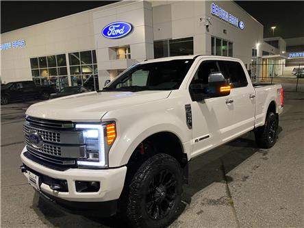 2017 Ford F-350 Platinum (Stk: LP20356) in Vancouver - Image 1 of 28