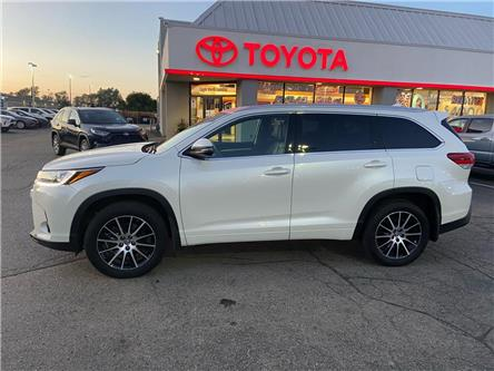 2017 Toyota Highlander  (Stk: 2009791) in Cambridge - Image 1 of 12