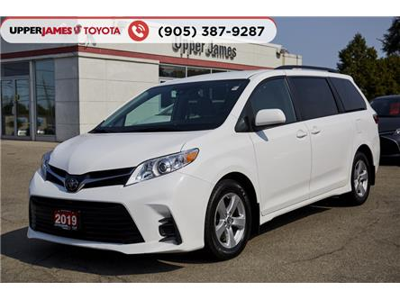 2019 Toyota Sienna LE 8-Passenger (Stk: 90155) in Hamilton - Image 1 of 18