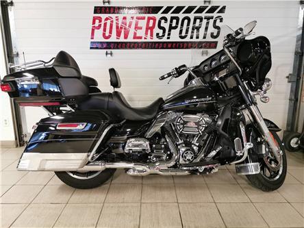 2016 Harley-Davidson ELECTRA GLIDE ULTRA LIMITED FLHTK (Stk: 19HS-016A) in Grande Prairie - Image 1 of 4