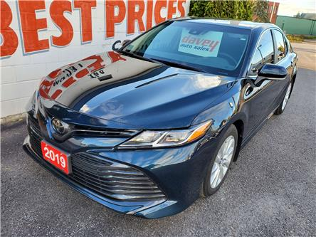 2019 Toyota Camry LE (Stk: 20-495) in Oshawa - Image 1 of 13