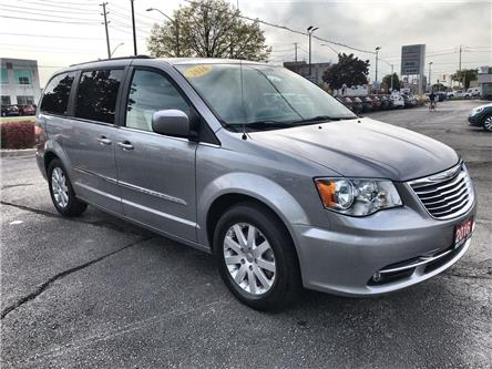 2016 Chrysler Town & Country Touring (Stk: 191658B) in Windsor - Image 1 of 12
