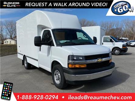 2020 Chevrolet Express Cutaway Work Van (Stk: 20-0291) in LaSalle - Image 1 of 23