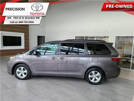 2017 Toyota Sienna LE (Stk: 191431) in Brandon - Image 1 of 27