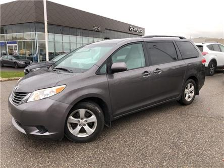 2012 Toyota Sienna LE (Stk: 242825) in Brampton - Image 1 of 20