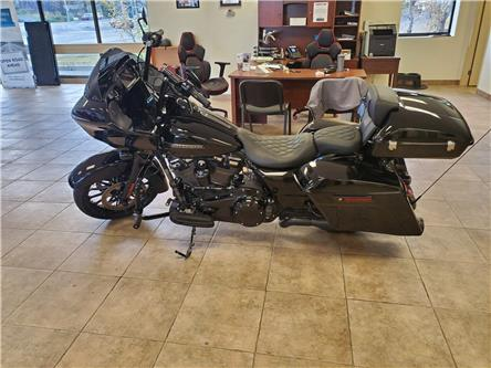 2018 Harley-Davidson ROAD GLIDE CUSTOM 1749 CC (Stk: DF1652) in Sudbury - Image 1 of 11