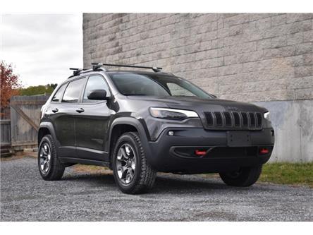 2019 Jeep Cherokee Trailhawk (Stk: B6520) in Kingston - Image 1 of 30
