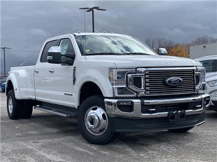 2020 Ford F-350 Lariat (Stk: 20T1001) in Midland - Image 1 of 19